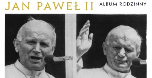 """Wystawa zdjęć i album """"Jan Paweł II. Album rodzinny"""""""